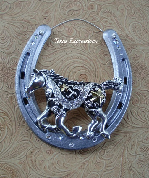 Decorated horseshoes lucky you lucky u for Where to buy horseshoes for crafts