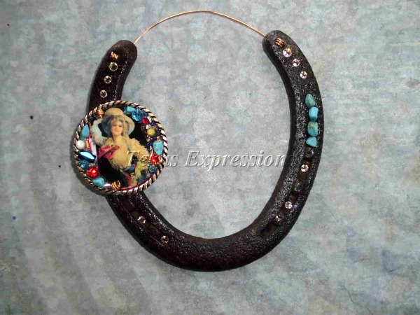 Pretty Cowgirl Rustic Horseshoe