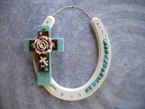 Rose & Crosses Horseshoe